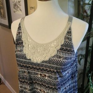 BoHo lace front tank top from Woolrich, sz LG
